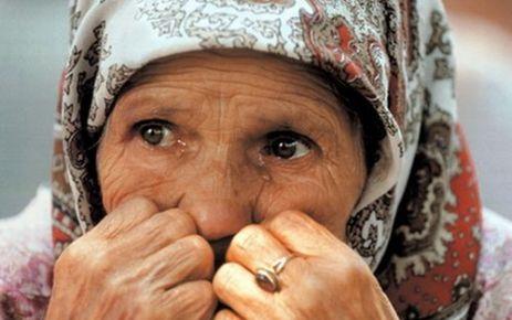Eşi vefat eden 144 bin kadın maaşa bağlandı