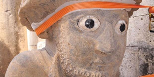 Hitit Kralı'nın heykeli bulundu