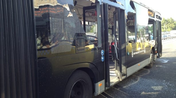 Metrobüs'te kaza!