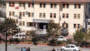 Sultangazi'de patlama sonucu bir polis şehit oldu
