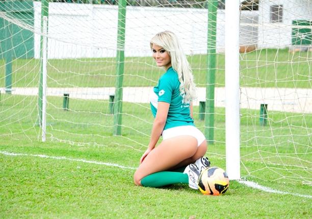 Jackeline dos Santos Fotoğrafları, Resimleri, Pozları, Çıplak, Seksi pozları, iç çamaşırları