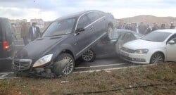 Bahçeli'nin dönüş konvoyunda trafik kazası şoku!