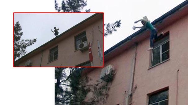 Babasına rapor alamayınca hastane çatısından atladı