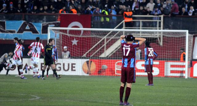 Trabzonspor PSV'ye kendi evinde yenildi