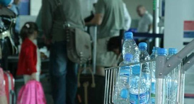 Artık uçaklara sıvı yasağı geliyor