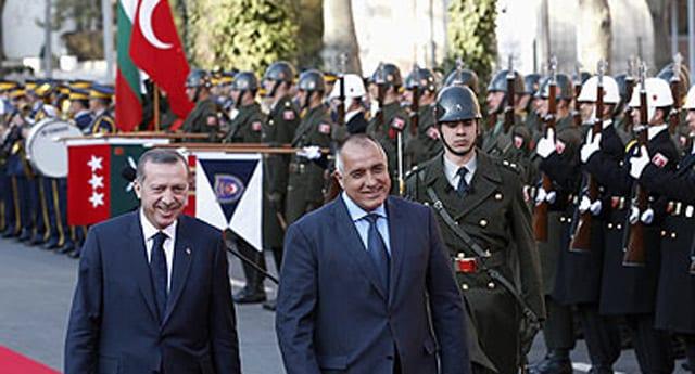 Bulgaristan'da 'Merhaba asker' krizi