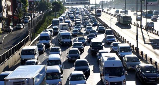 Yeni trafik kanunları kötü sürücünün cebini çok yakacak!