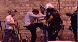 'Şiddet sonrası artık polis fobim var'