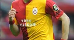Galatasaraylı iki futbolcuya sürpriz talip