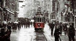 Dikkat! İstanbul'da beklenen kar yağışı başladı