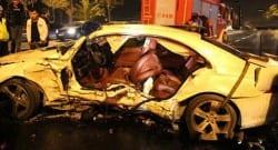 İşadamı trafik kazasında ağır yaralandı!