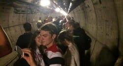 Manş tünelinde elektrik arızası! 400 kişi mahsur kaldı