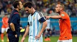 Sneijder, 'Çakır maç öncesi yorumlardan etkilenmiş olabilir'