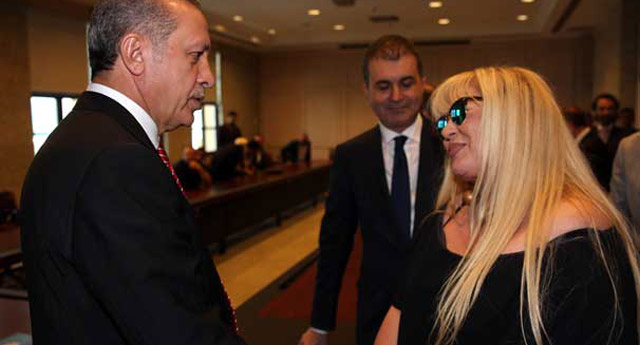 Zerrin Özer'den Twitter ve Facebook'tan yapılan hakaretlere suç duyurusu!