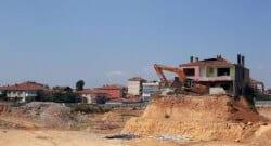 Kentsel dönüşüme direnen ev bugün yıkıldı!