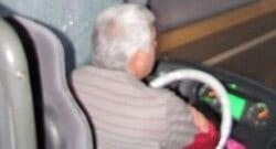 Otobüste yolcu alma kavgası: 8 yaralı!