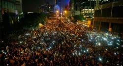 Çin'de en büyük siyasi kriz yaşanıyor!