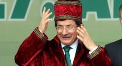 Başbakan Davutoğlu, 'AVM'lerde esnafa yüzde 5'lik kontenjan ayrılacak'