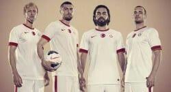 Galatasaray'a Fenerbahçeli sponsor şoku!