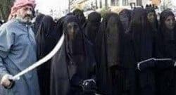 IŞİD 1500 kadını pazarda satıyor!