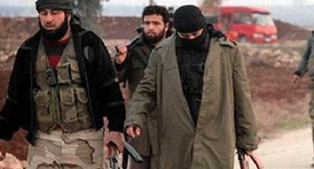 IŞİD'in hazırladığı tuzak kendi üyeleri geçerken patladı!