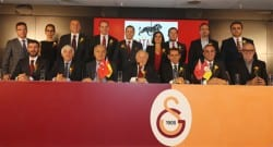 Galatasaray yönetiminden köklü değişiklikler!