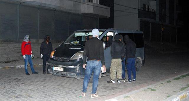 PKK'nın gençlik yapılanması yol kesip kimlik kontrolü yaptı!