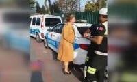 Bağıran kadına polisin tepkisi: 'Lan bağırmayın hanımefendi'