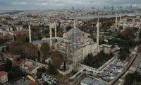 Restorasyonu tamamlanan Sultanahmet Camii, 5 minare kaldı!