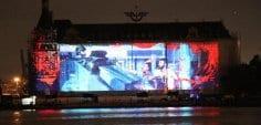 15 Temmuz anısına Haydarpaşa gar binasının dış yüzeyine video yansıtıldı