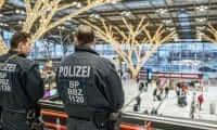 Almanya havalimanlarında bin 568 silah ele geçirildi